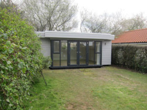 Large Garden Office by Executive Garden Rooms-1