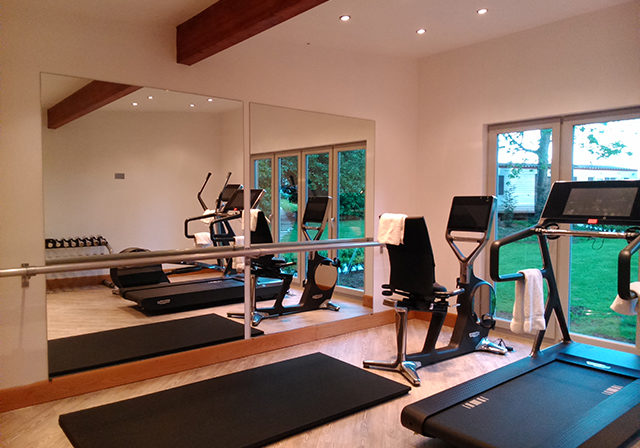 Timber-Framed-Home-Gym-by-Studs-3
