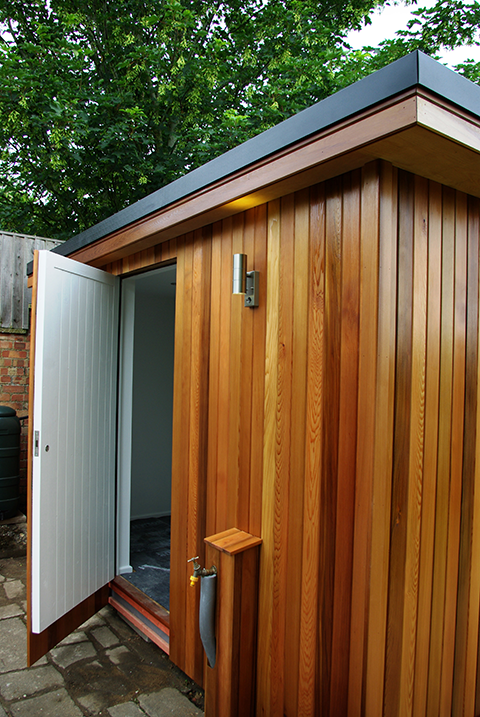 Garden-Room-with-two-uses