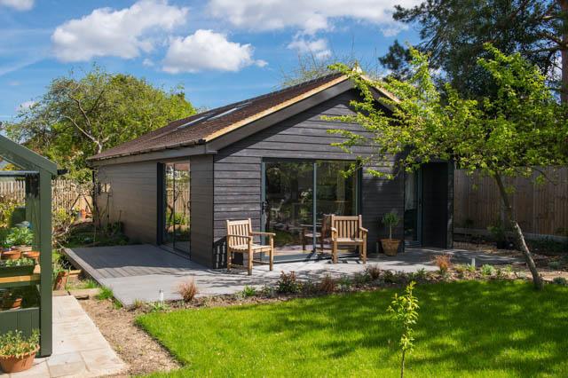 Garden studio and living space by Green Studios-4