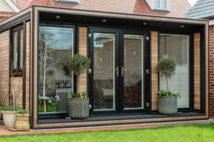 The Ultra Extro by Smart Garden Offices is perfect for a shallow plot at the end of the garden
