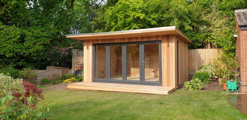 Garden studio with 1m deep veranda