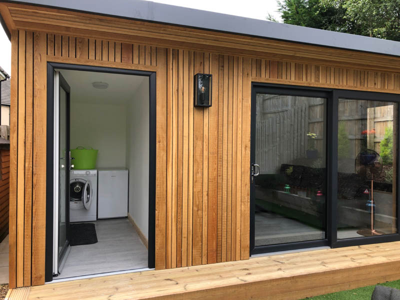 Garden room with utility room