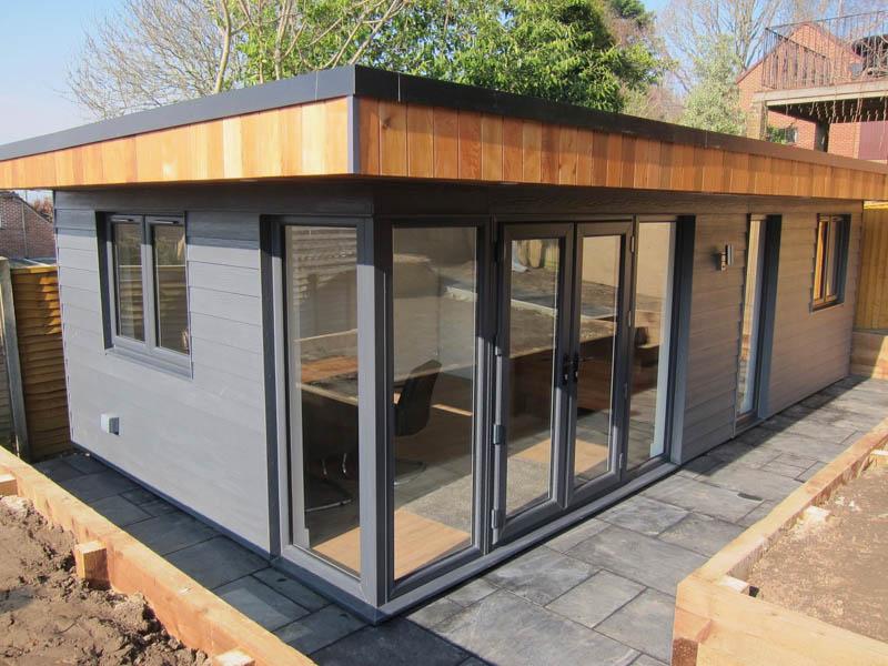 Cedral & Cedar garden office by Executive Garden Rooms