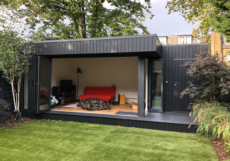 Custom sized garden room with shed