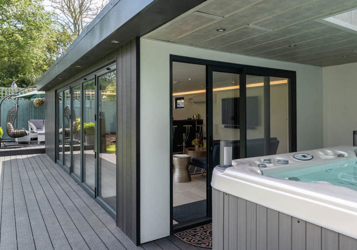 Swift garden rooms with space for a hot tub